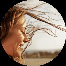 Woman_Smiling_Circle
